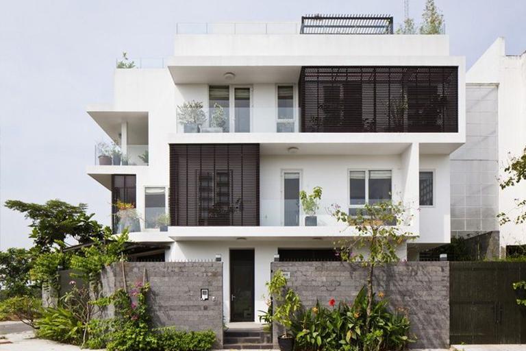 Biệt thự 3 tầng hiện đại 2 mặt tiền đẹp