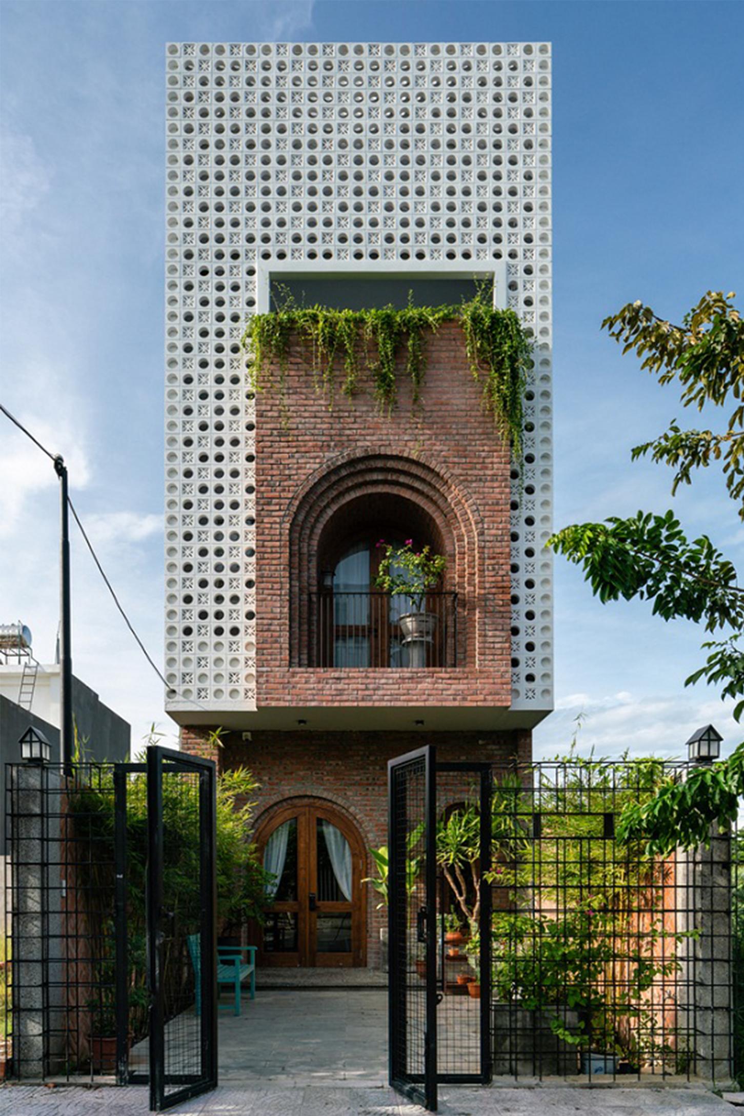 Ngôi nhà hện đại xây theo lối kiến trúc lạ tại Bắc Giang